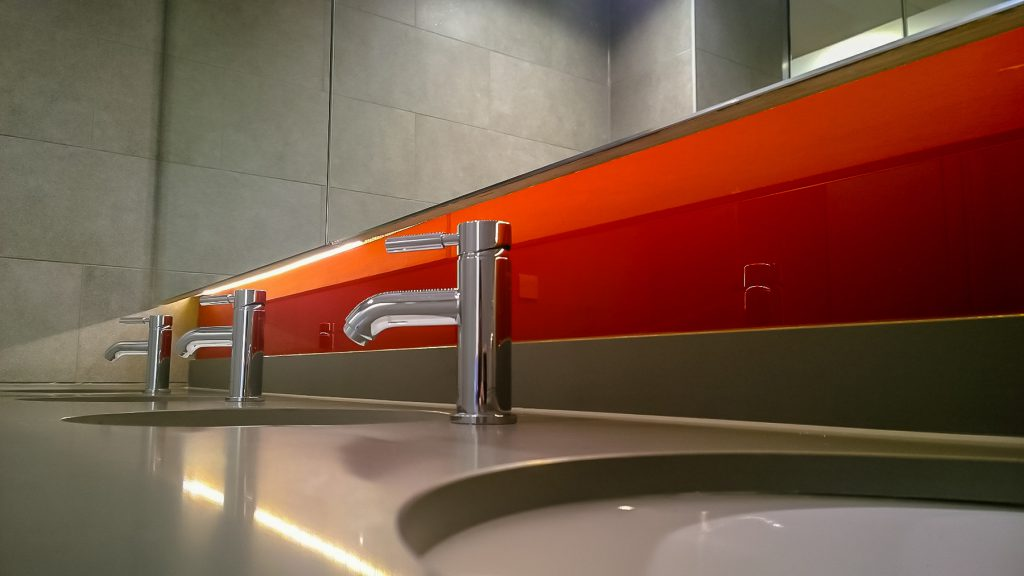 Modern sinks in a commercial building